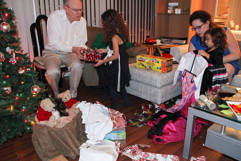 Simson Christmas 2012-34.jpg