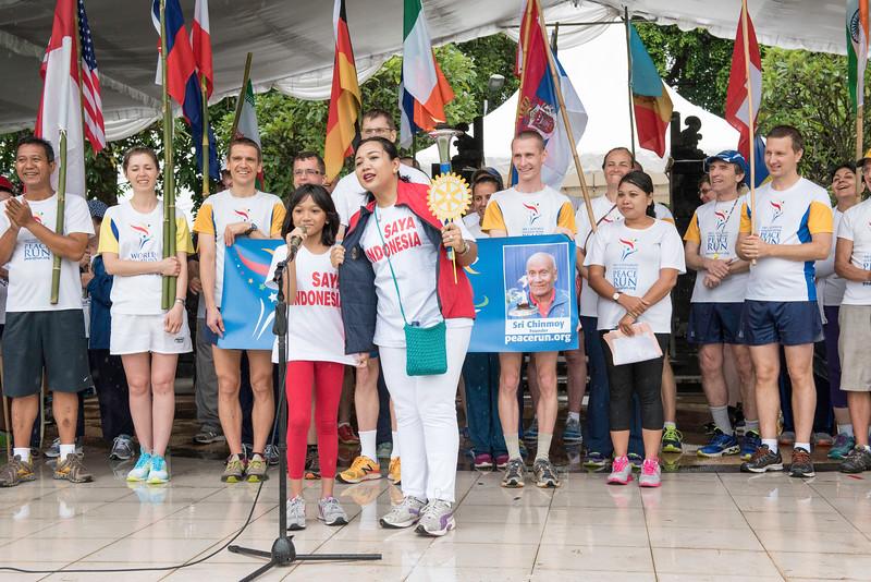 20170202_Peace Run Denpasar w_Mayor_171.jpg