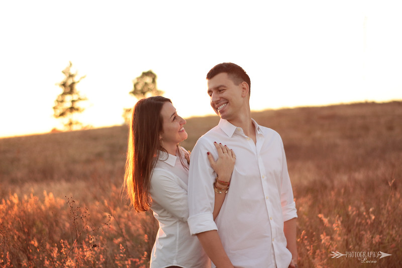 Bok-Tower-Gardens-Engagement-Session-Sunset-Engagement-Photos-Photography-By-Laina-Dade-City-Tampa-Area-Wedding-Engagement-Photographer-Laina-Stafford-15.jpg