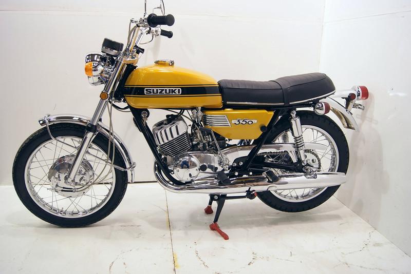 1971t350 8-10 030.jpg