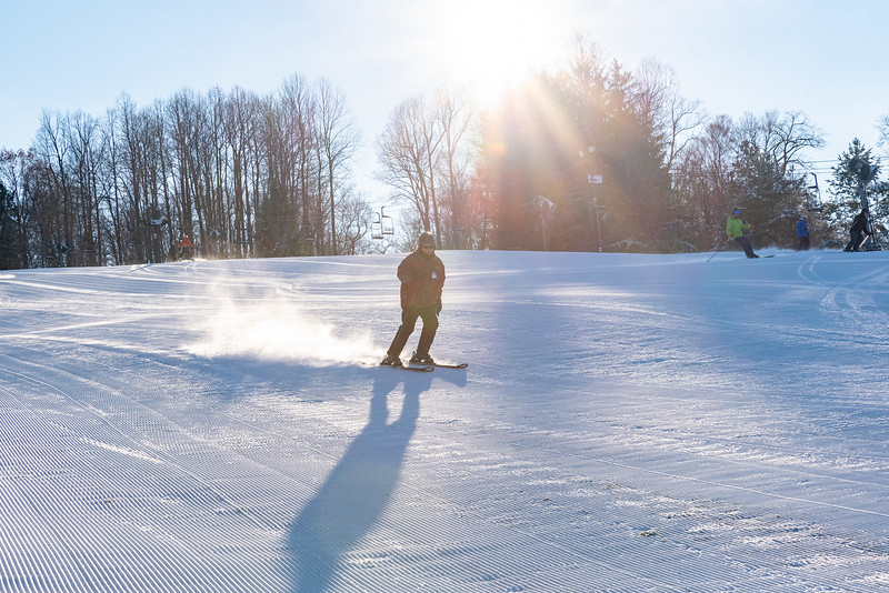 Opening-Day_12-7-18_Snow-Trails-70550.jpg