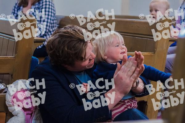 ©Bach to Baby 2017_Laura Ruiz_Teddington_2017-03-18_39.jpg