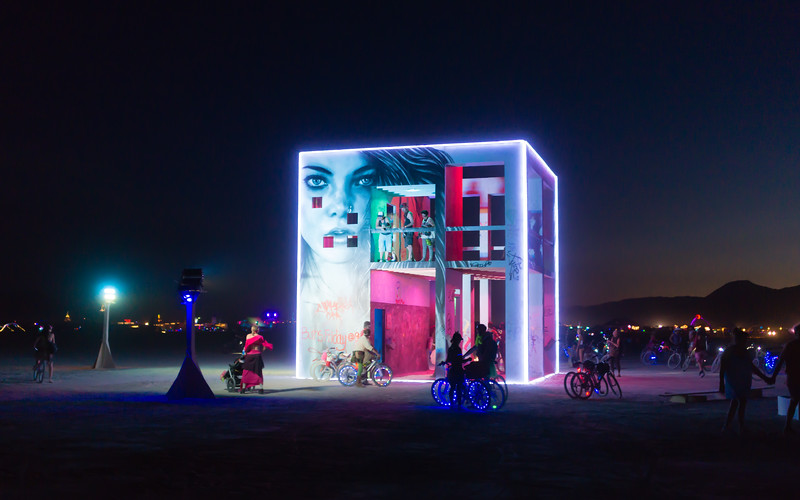 life-cube-burning-man-2015.jpg