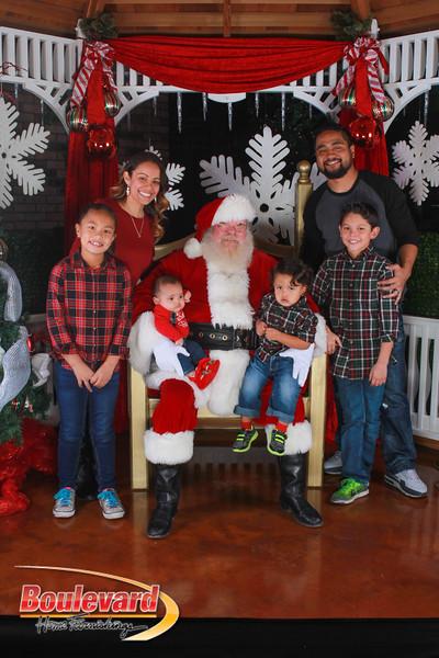 Santa 12-17-16-110.jpg