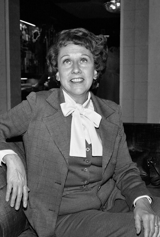 """. Actress Jean Stapleton speaks during an interview in Washington on Wednesday, March 3, 1977, saying she will increase speaking out to the \""""Edith Bunkers\"""" of the land to try and muster support for the Equal Rights Amendment. Stapleton, who played Edith Bunker in the groundbreaking 1970s TV comedy \""""All in the Family,\"""" has died. She was 90. John Putch said Saturday, June 1, 2013 that his mother died Friday, May 31, 2013 of natural causes at her New York City home surrounded by friends and family. (AP Photo/Jeff Taylor)"""