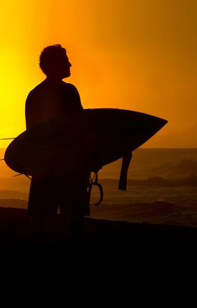 surfer w board.jpg