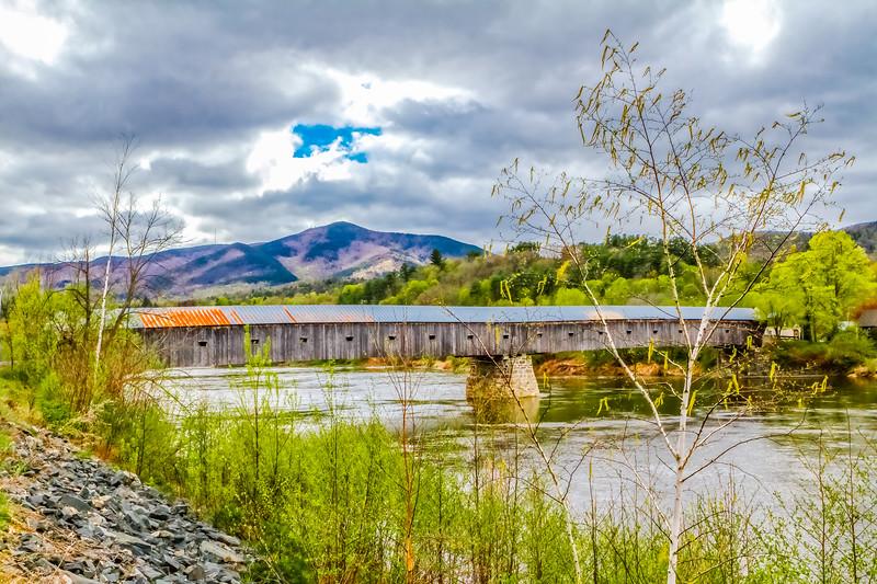 New Hampshire covered bridge.jpg