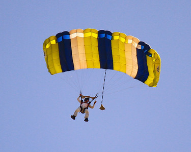 Skydive Taft 4-7-2013