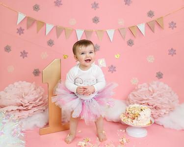 Natalie's 1  Year Portraits & Cake Smash
