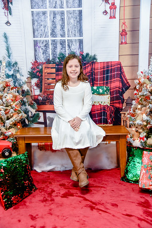 Rhonda T. {Christmas 2019}