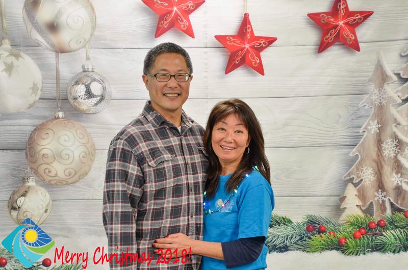 Christmas Photobooth 2018-058_01.jpg