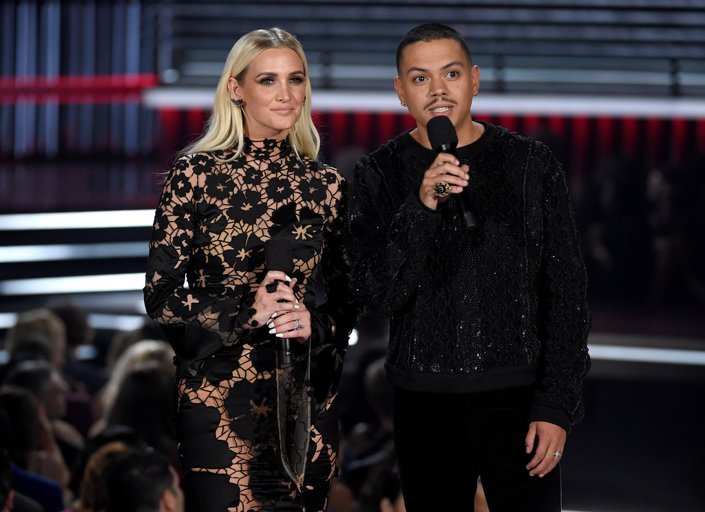 . Ashlee Simpson Ross, left, and Evan Ross introduce a performance by Ed Sheeran at the Billboard Music Awards at the MGM Grand Garden Arena on Sunday, May 20, 2018, in Las Vegas. (Photo by Chris Pizzello/Invision/AP)