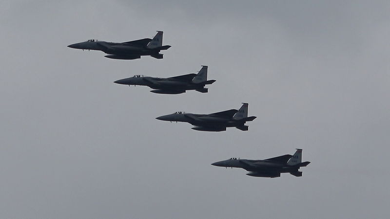 5-3-18...eight F-15s returning to base...AWESOME FORMATION VIDEO...shot from shore's edge at Hampton Pond