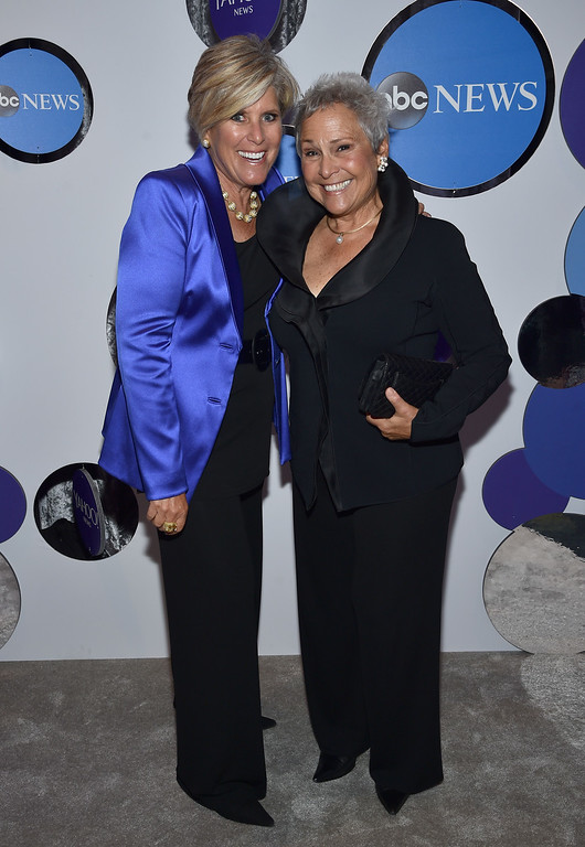 . Author Suze Orman (L) and Kathy Travis attend the Yahoo News/ABC News White House Correspondents\' Dinner Pre-Party at Washington Hilton on April 30, 2016 in Washington, DC.  (Photo by Dimitrios Kambouris/Getty Images for Yahoo)