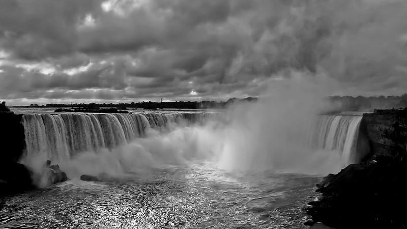 IMG_0434-NiagaraFalls4.jpg