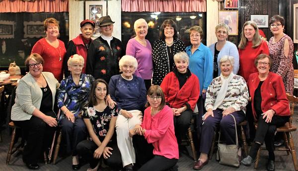2018 12 06 Ladies at Green Acres Rest.
