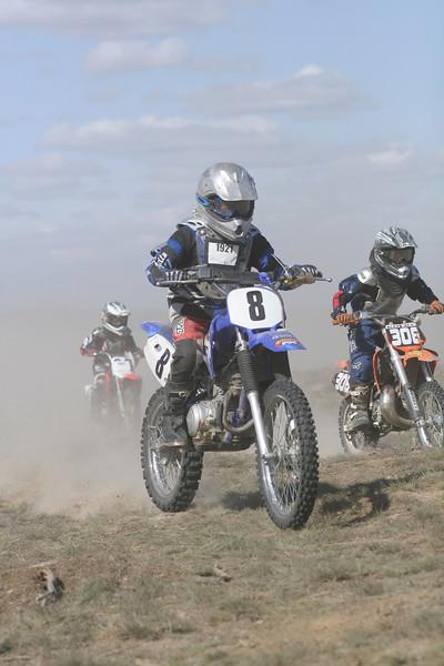 2008 Desert 100--Mini Race - Blue Bikes