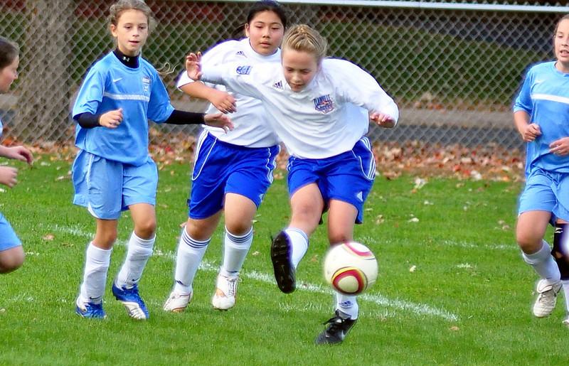 plainville u-11 girls soccer 10-17-10-082.jpg