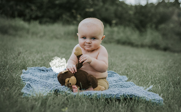 {Jacob's 6 month Session} 2017