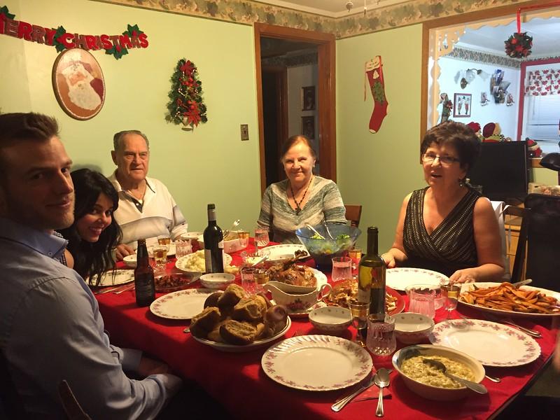 family christmas 2.jpg