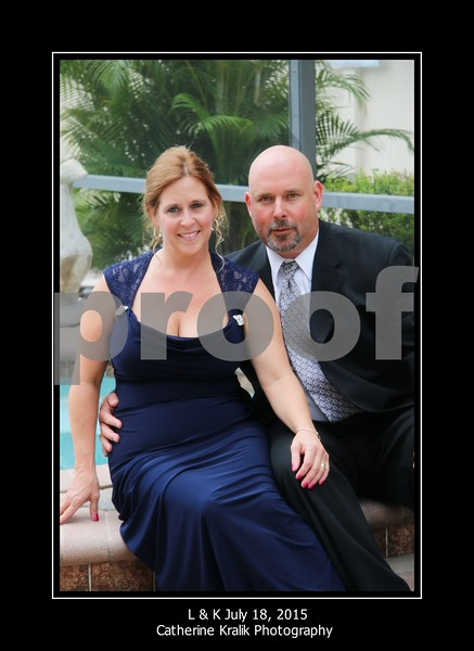 SINGLES OF WEDDING PARTY AND COUPLES