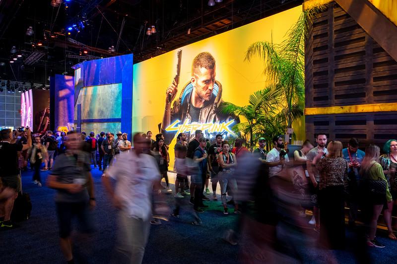 Envy_E32019_WB_Busy_2515.jpg