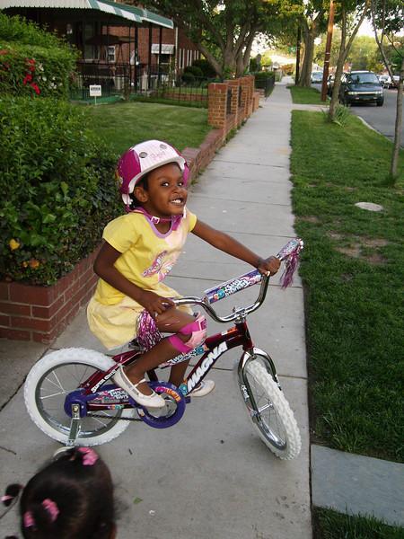 Tenia's New Bike