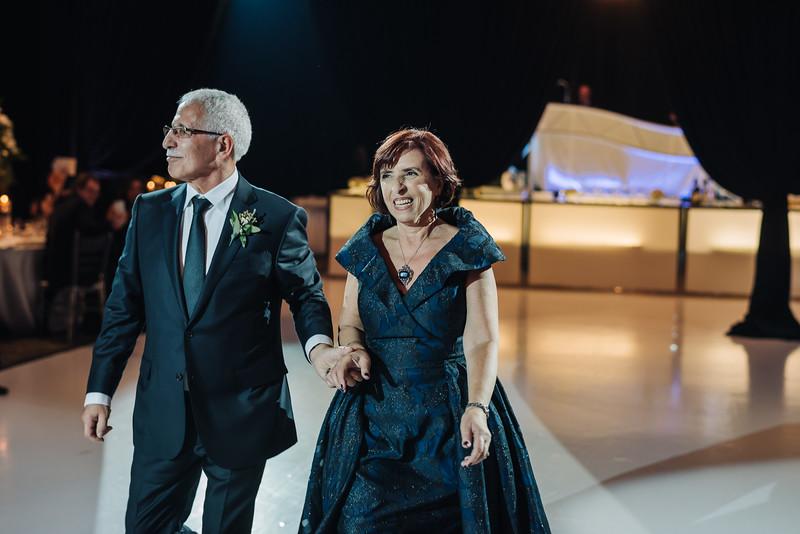2018-10-20 Megan & Joshua Wedding-784.jpg