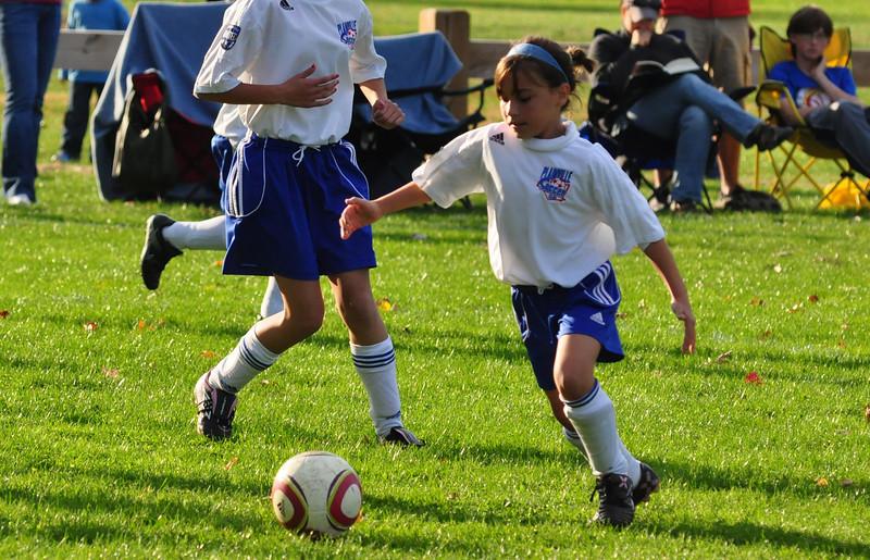 plainville u-11 girls soccer 10-17-10-024.jpg