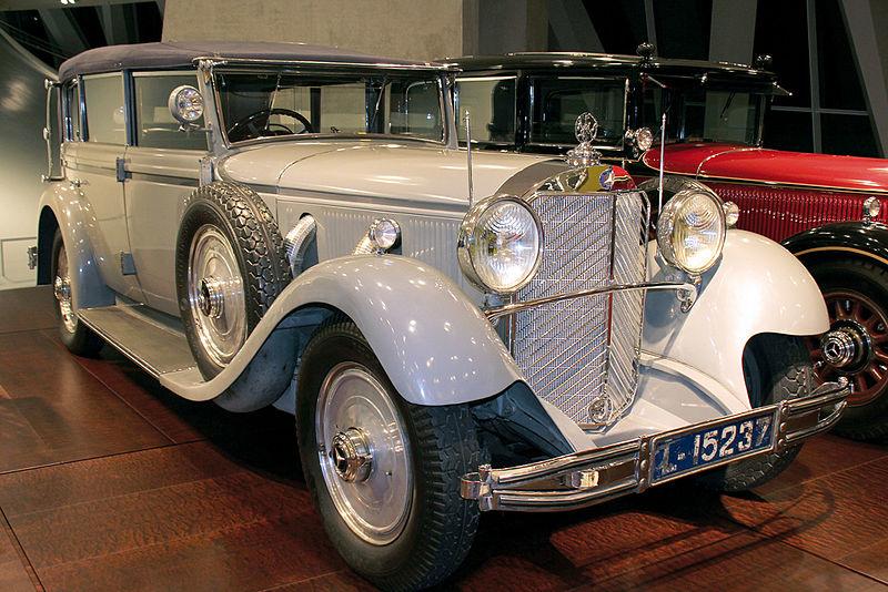 1932 Mercedes-Benz 770 Cabriolet F.jpg