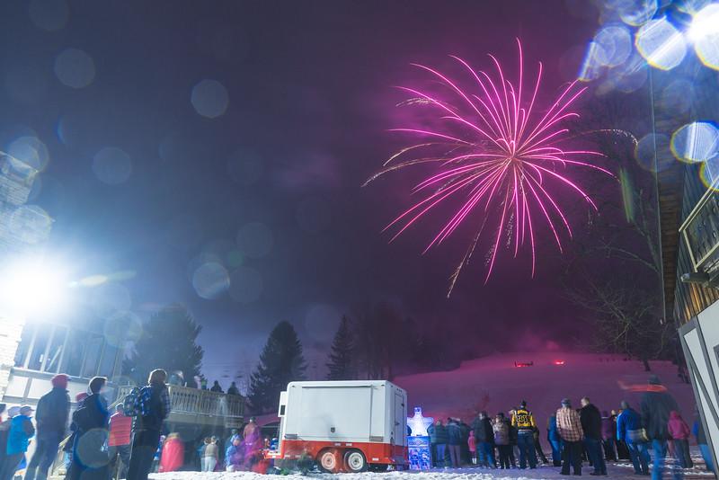 Mid-Season-Party_2017_Snow-Trails-0212.jpg