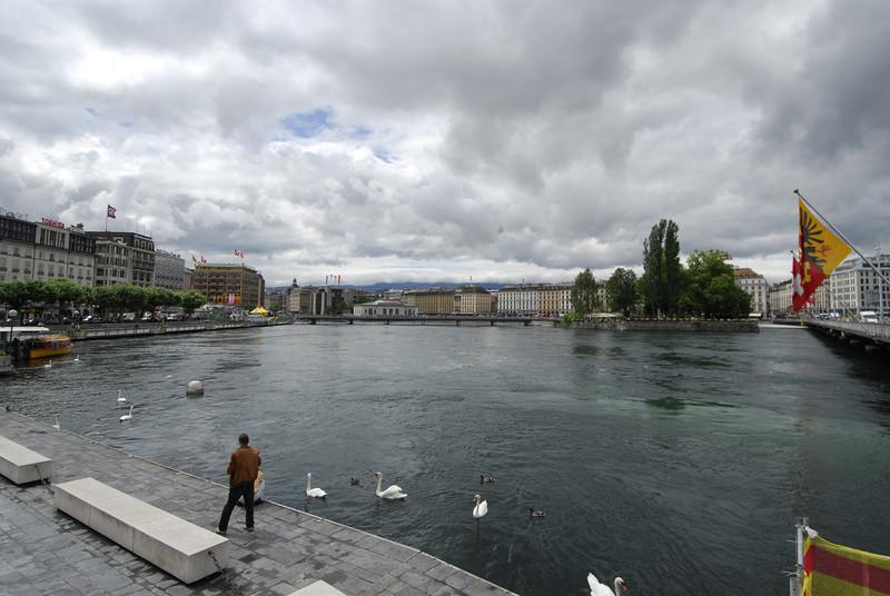 070626 7400 Switzerland - Geneva - Downtown Hiking Nyon David _E _L ~E ~L.JPG