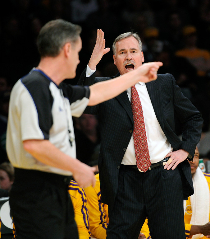 . Lakers head coach Mike D\'Antoni argues with the refs about a foul call in the first half, Friday, February 22, 2013, at Staples Center. (Michael Owen Baker/Los Angeles Daily News)
