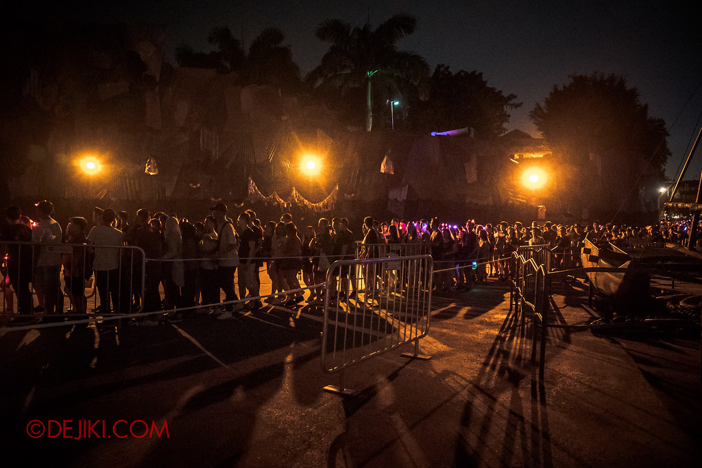 Halloween Horror Nights 7 Singapore - RIP Tour Review / Normal queue lines at TERROR-Cotta Empress