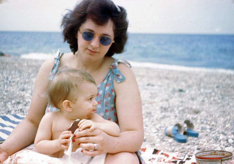 1946 Jeanne & John.jpg