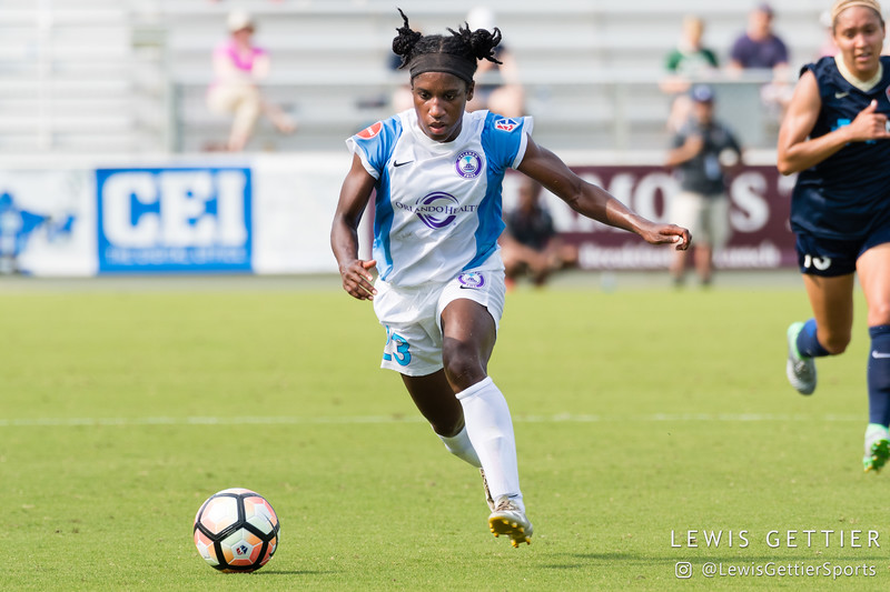 Jasmyne Spencer (23) during a match between the NC Courage and the Orlando Pride in Cary, NC in Week 3 of the 2017 NWSL season. Photo by Lewis Gettier.