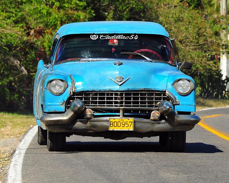 Still holding on, 54 Cadillac - Cuba