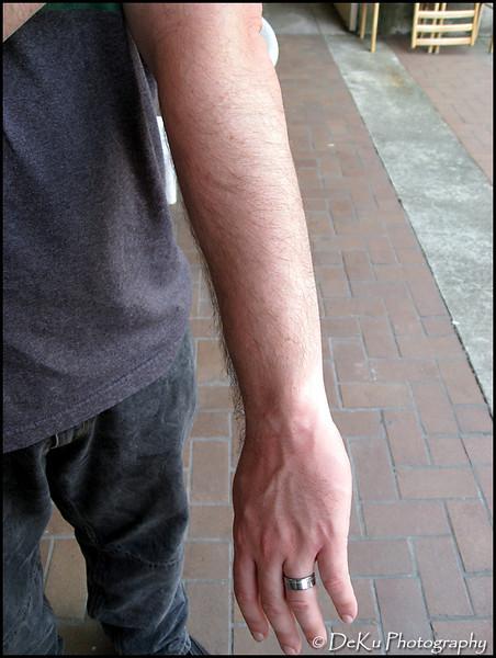 Sleeve(web)_0002.jpg