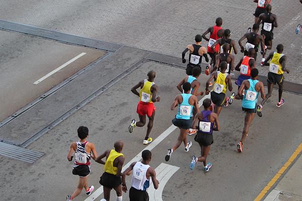 Chicago Marathon 2013: Brooks Runners and Highlights