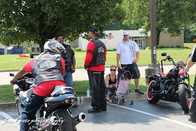 Straight Street/Walgreens  Alzheimers Bike Show 062114