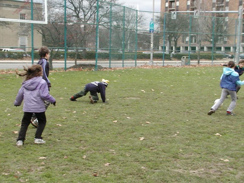 2004-11-28-GOYA-Turkey-Bowl_005.jpg