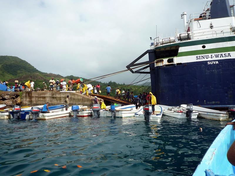 fiji ferry.JPG
