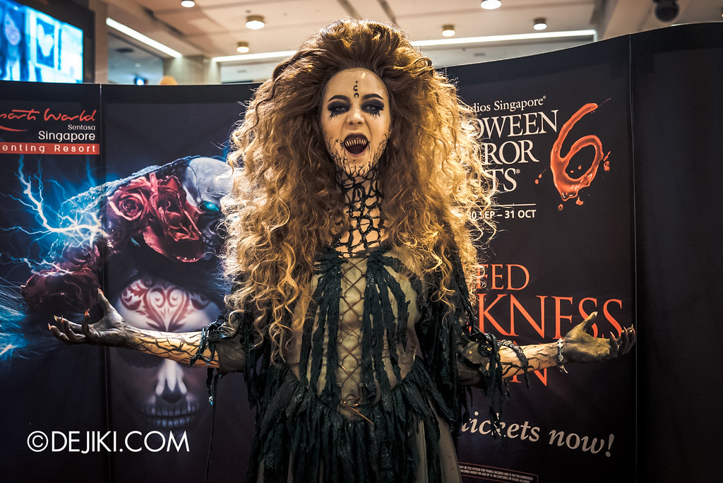 Universal Studios Singapore - Halloween Horror Nights 6 Before Dark Day Photo Report 1 - Salem Witch House / Augusta the Witch