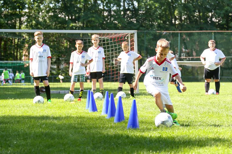 hsv_fussballschule-276_48047994178_o.jpg