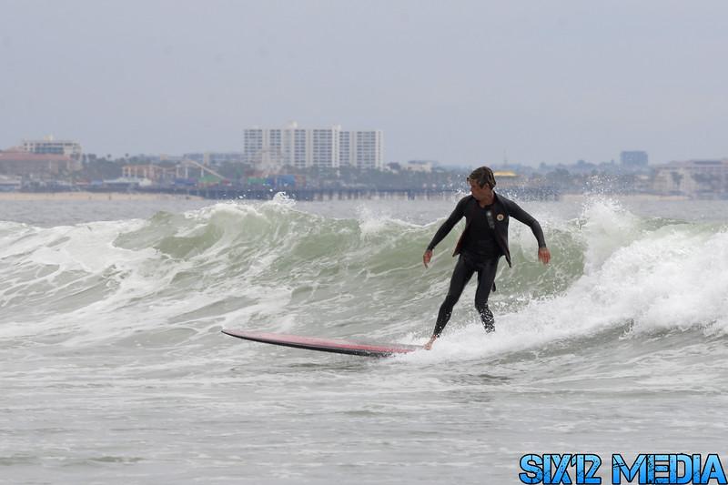 Gladstones Surf-176.jpg