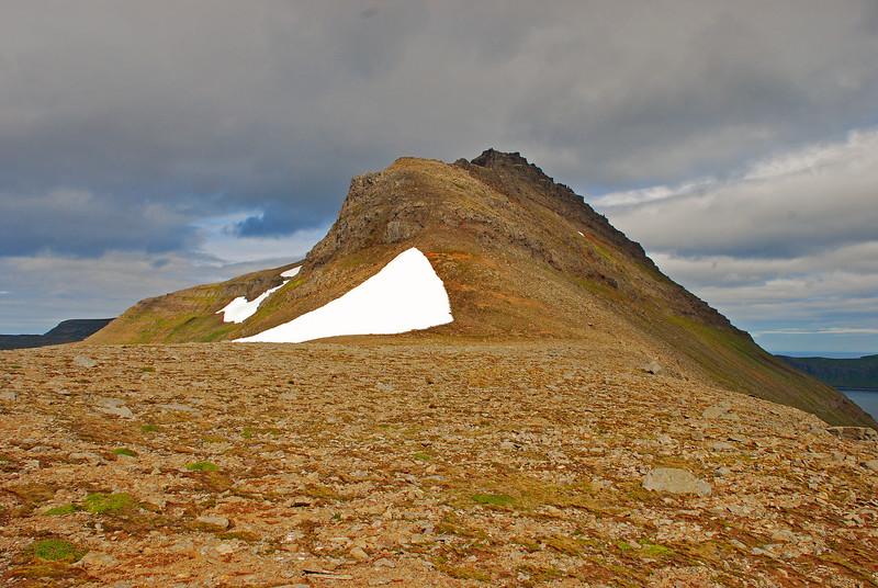 Rekavíkurfjall séð úr Atlaskarði