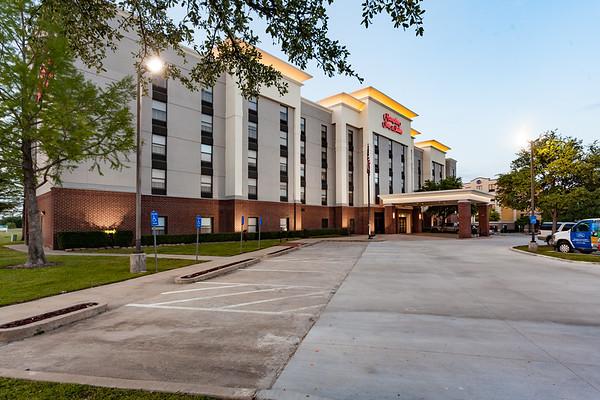 Hampton Inn & Suites - Grapevine, TX