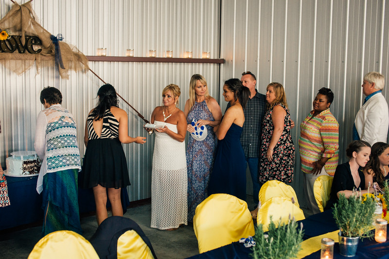 Kevin and Hunter Wedding Photography-24935596.jpg