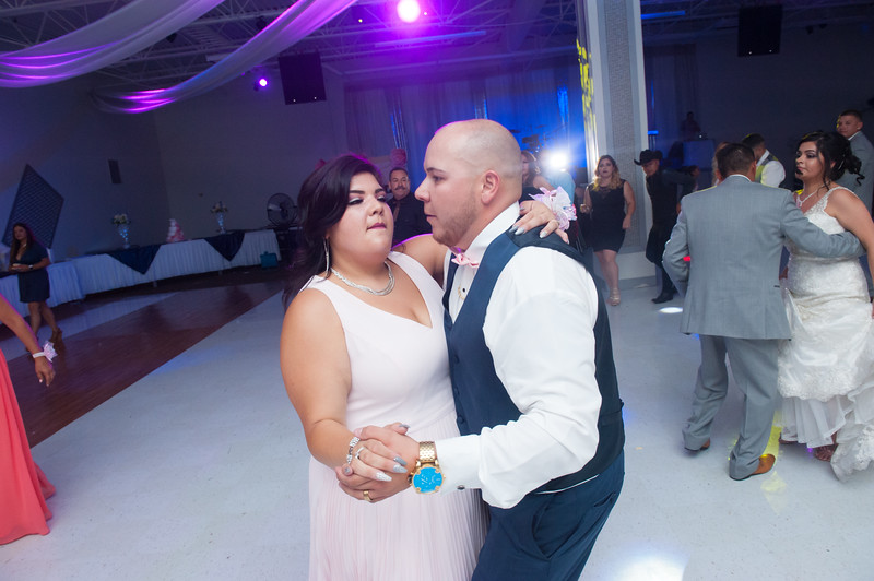 Estefany + Omar wedding photography-850.jpg