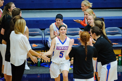 2015 11 19 Women Macalester v Luther